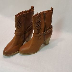 Olivia Miller Boots NEW